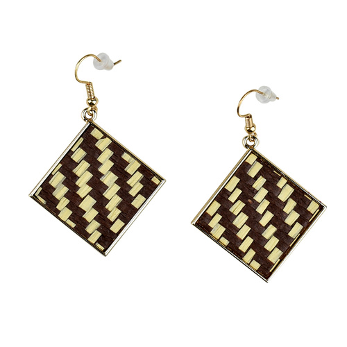 THSE1041: Beige: (2pairs) Square Weave Earrings