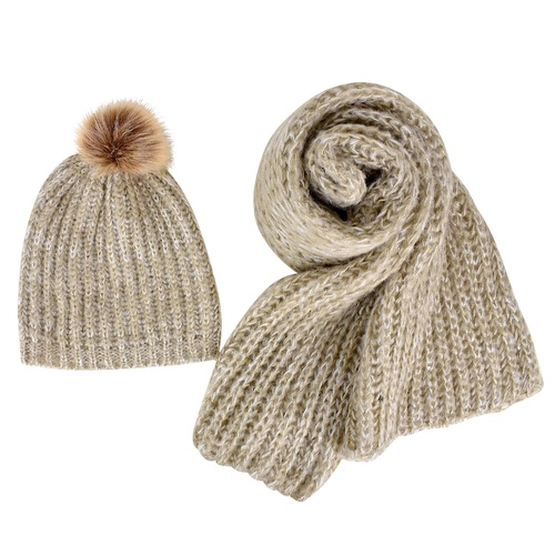 THSS1620 LatteF: Brioche Knit Scarf and Faux Fur Beanie Set