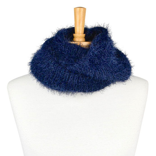 THSSN1102: Navy: Furry Knitted Snood